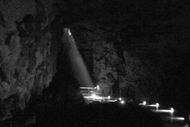 Waitomo 18 cave light shaft